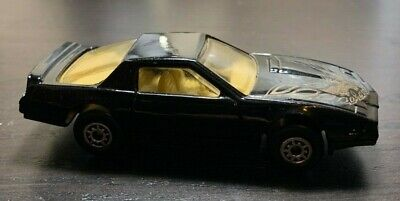 vintage 1982 1984 pontiac firebird black w gold bird on hood mc toy 1 64 scale ebay vintage 1982 1984 pontiac firebird black w gold bird on hood mc toy 1 64 scale ebay