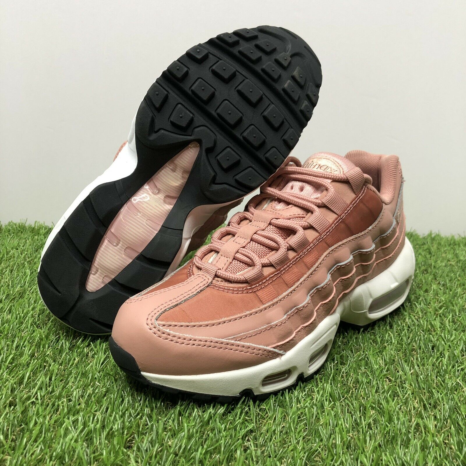 Nike Air Max 95 Running Shoes Women's Size 9 Rust Pink Particle Beige Black