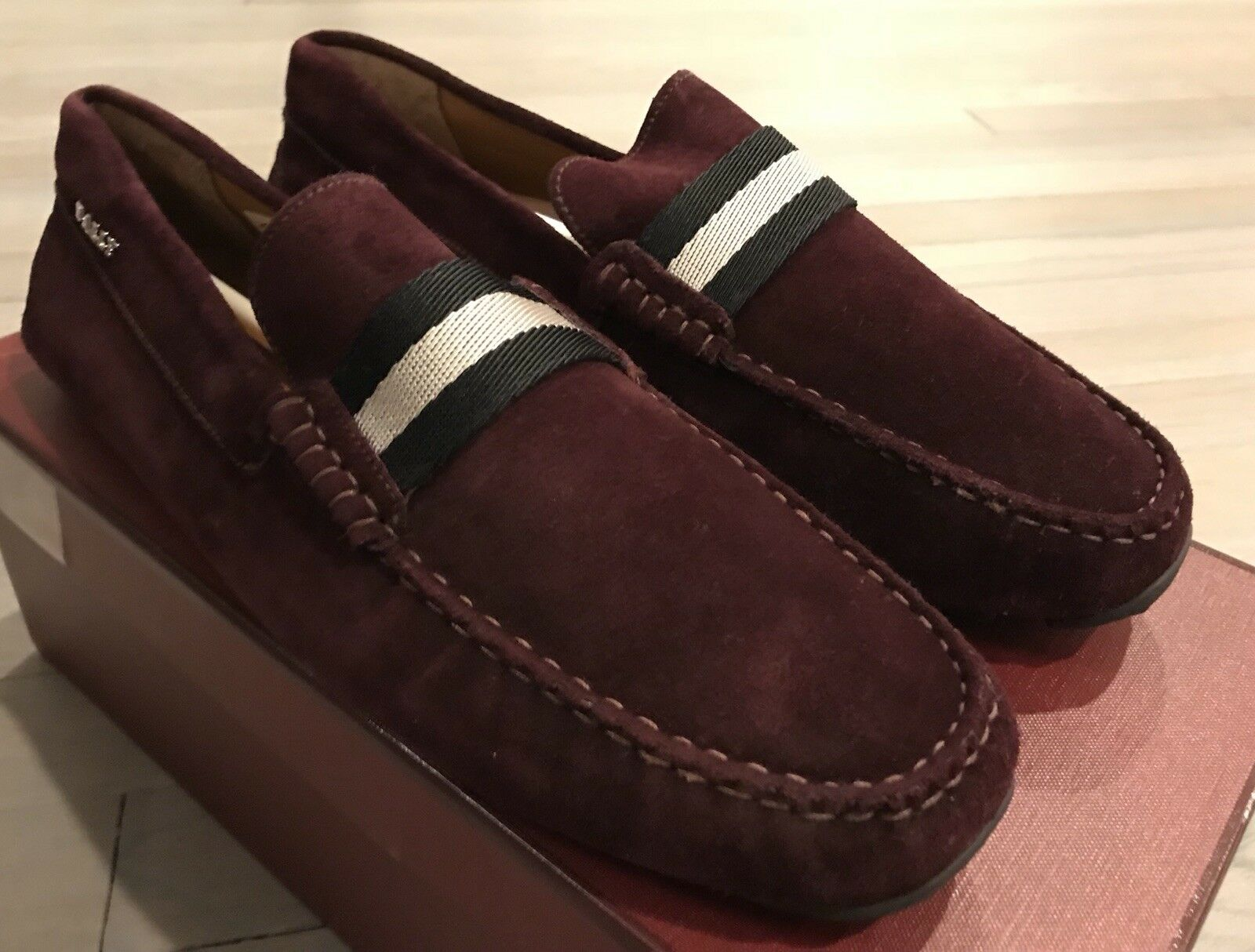 550  Bally Pearce Merlot Suede Driver Size US 10.5 Made in