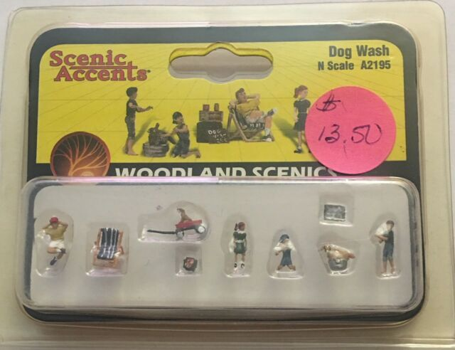 Woodland Scenics A2195 N Scale Scenic Accents Figures Dog Wash w Free ship!