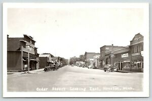Houston Minnesota Cedar Street Gambles Store Dyer Block Art S Cafe 1930s Rppc Ebay