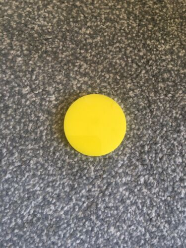 Nouveau Jaune Carrom Board Striker 55 mm par 5 mm Achetez 1 obtenez 1 GRATUIT-voir description