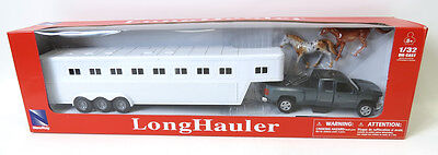 NEW RAY CHEVY SILVERADO FIFTH WHEEL WITH 2 HORSE 1/32 DIECAST CAR #SS-10713A