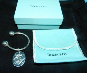 TIFFANY-amp-CO-SIGNED-Sterling-SILVER-KEY-Chain-Ring-W-DR-PEPPER-MINYARD-CHARM