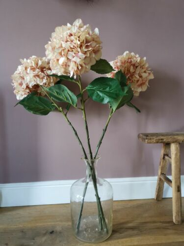 Faux XL soft pink hydrangea