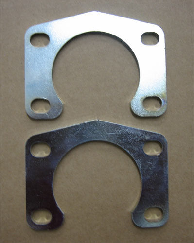 """9/"""" Inch Ford Big Ford New-Style Axle Retainer Plates Rearend NEW 3//8/"""" Bolts"""