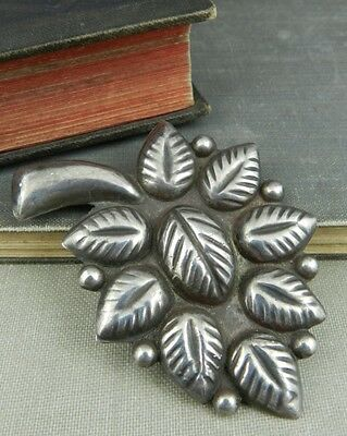 Mexico Sterling Silver Leaf Pin / Brooch