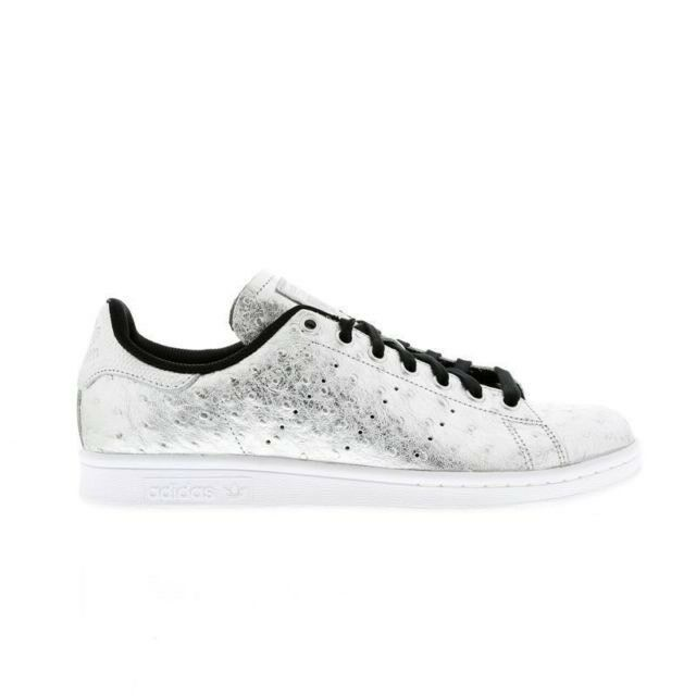 Brand New Official Adidas Originals Stan Smith shoes (AQ4706) Men`s Size (10)