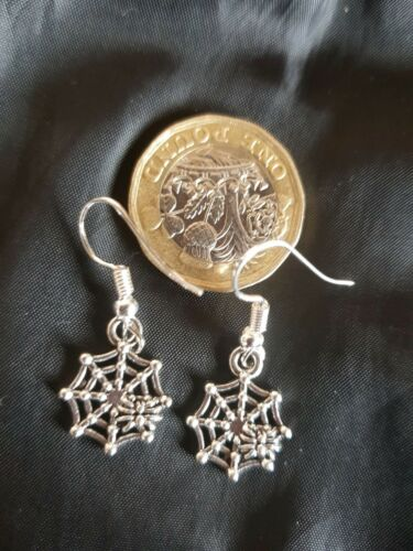 Halloween Spider on SPIDER WEB Gothic Earrings Silver Goth Punk Rock Emo