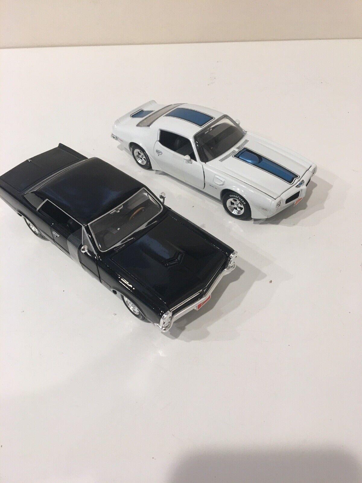 1 24 Johnny Lightning 1970 1970 1970 Pontiac Trans AM WhiteRare Misprint 1970 Superbird 55e0da