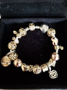 38e716499 Pandora Bracelet with 18 pcs charms gold, two tone and rose gold + 3 ...