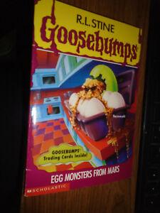 Goosebumps Book 42 Egg Monsters From Mars W Trading Cards Ebay