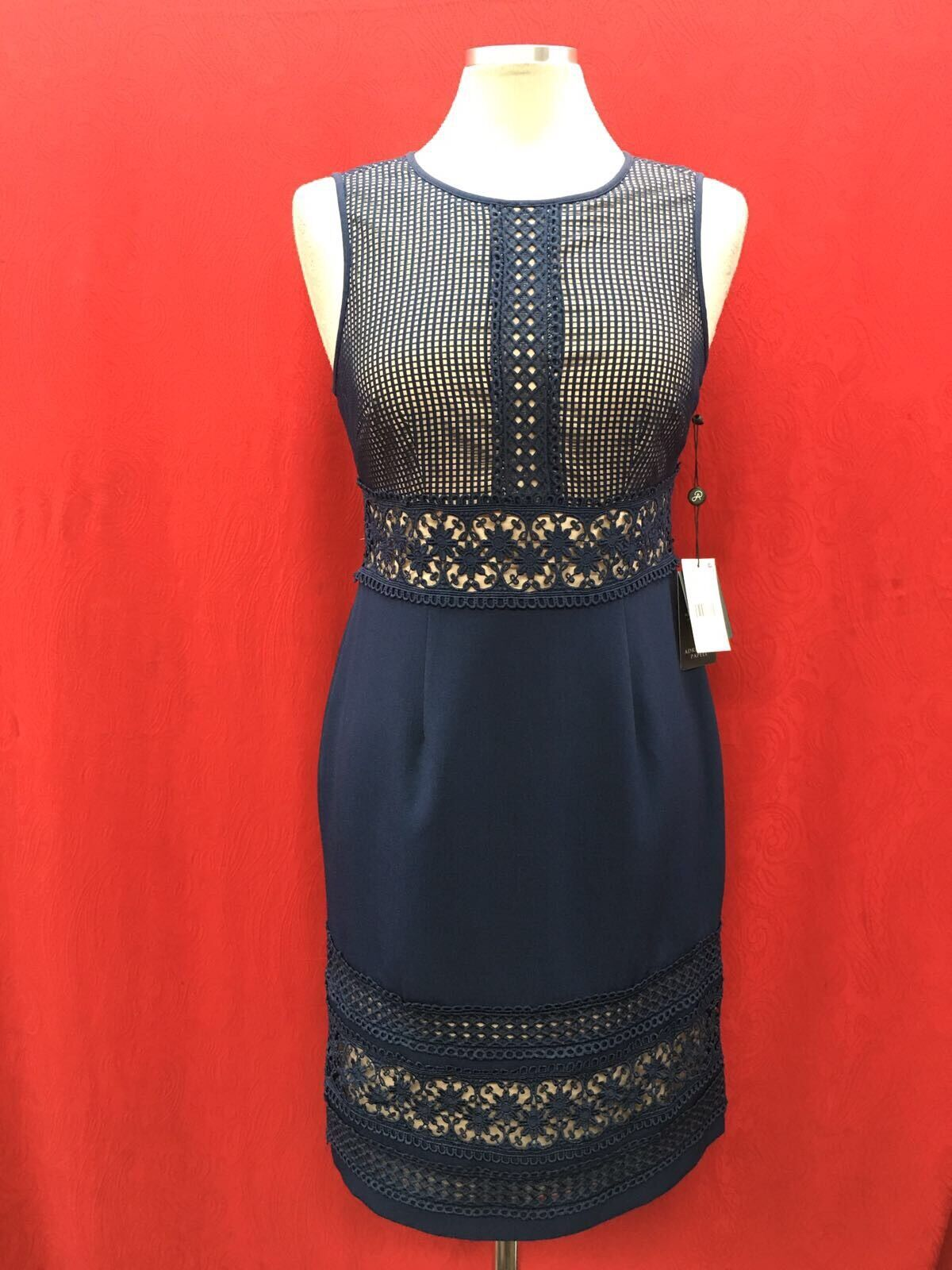 ADRIANNA PAPELL DRESS  NEW WITH TAG SIZE 8 RETAIL 160  LENGTH 39  NAVY LINED