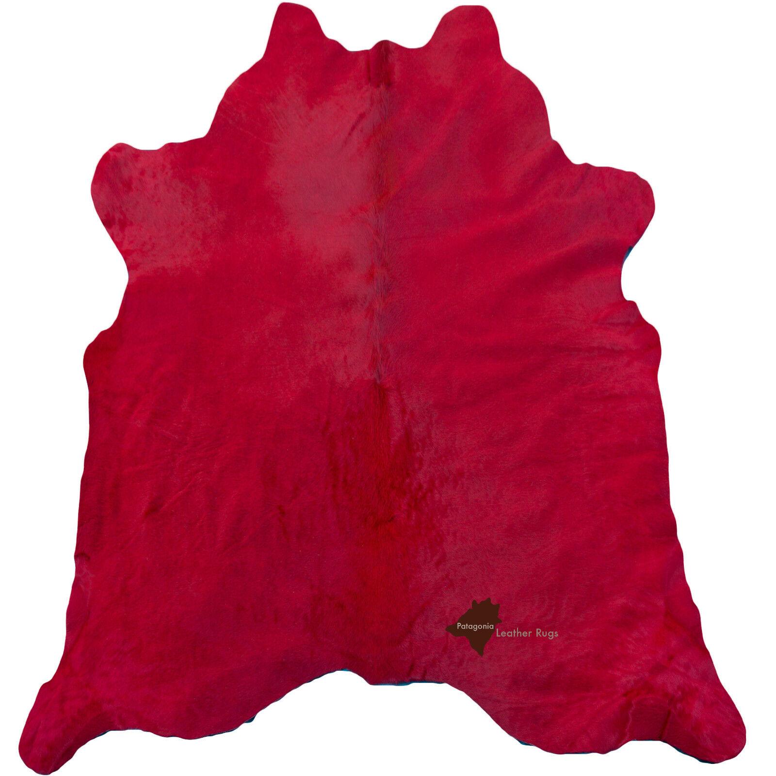 Tappeto in pelle di mucca rosso