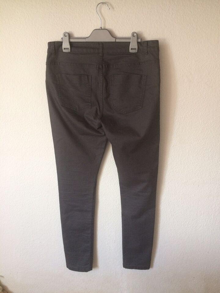 Jeans, Noisy May, str. 40