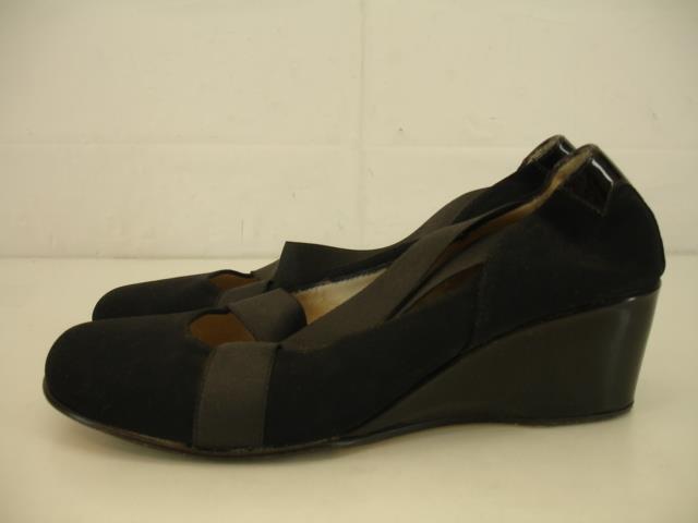 Womens 9.5 39.5 Taryn Rose Keva Mary Jane Shoes Black Wedge Heels Elastic Strap