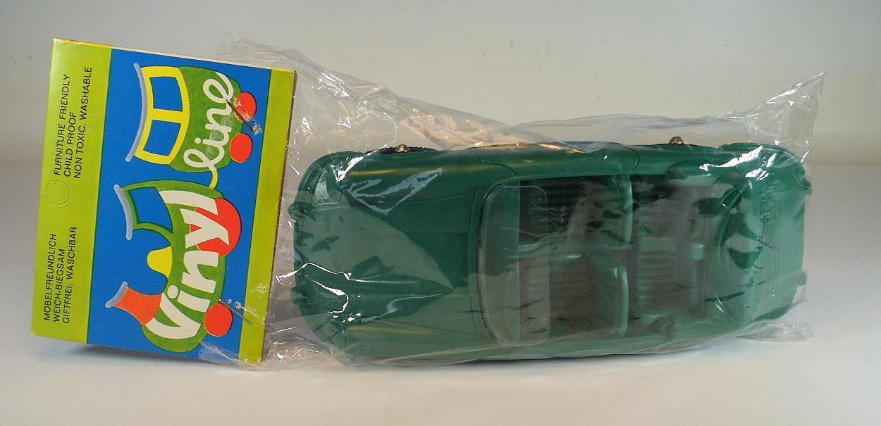 Vinyl line ca 1 24 Porsche 356 Cabrio green Gummi Vinyl Rubber im Polybeutel