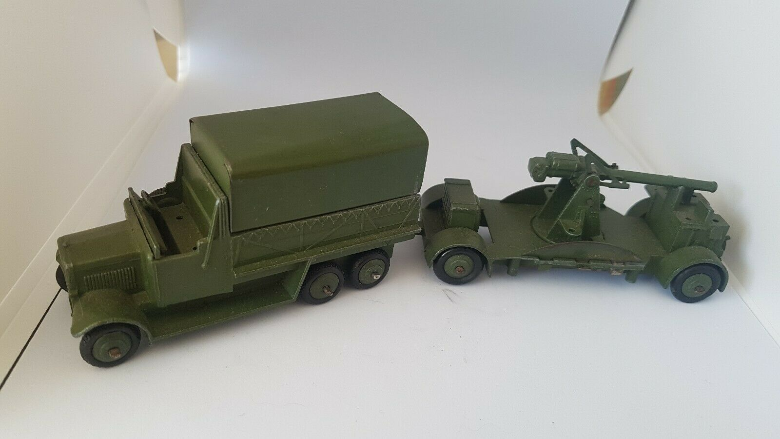 Authentic toy dinky toys england  rare military has complete set  meilleure qualité