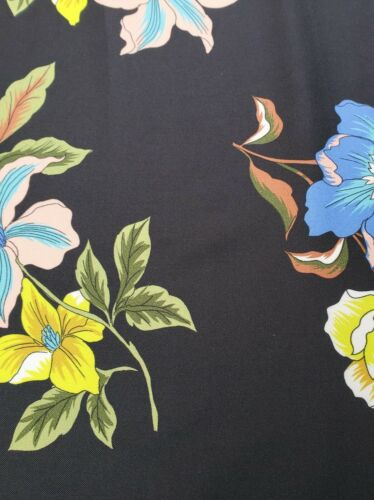 sewing dress fabric per metre Printed Polyester /'Larissa A/',