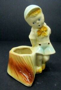 "VTG 6 1/2"" Shawnee Art Pottery Boy w/Stump Figurine Planter #533 Blue Yellow"