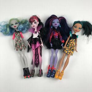 Monster-High-Lot-of-4-Dolls-Cleo-de-nile-comic-frankie-stein-ghoulia-jane