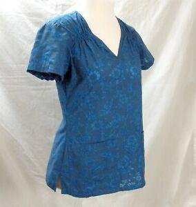 Koi-Scrubs-Scrub-Top-Size-S-Small-Kathy-Peterson-Blue-Embroidered-Floral