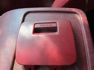 s l300 92 93 94 95 96 f150 bronco fuse box panel cover trim red f 250 ebay 92 bronco fuse box at gsmx.co