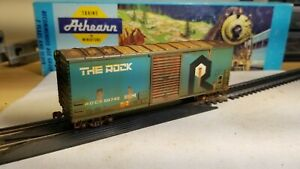 Athearn-HO-scale-Rock-Island-40-039-Weathered-boxcar-Railbox-metal-wheels-rtr