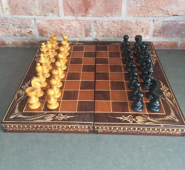 Profitez de la fin de l'année, copiez le le le prix du cadeau, c'est au-delà de votre imagination! Vintage wooden chess set 884b69