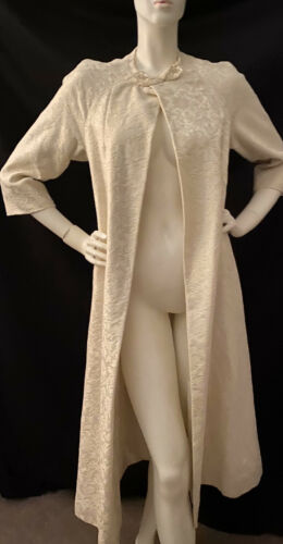 Vintage 1940's House Coat White Long