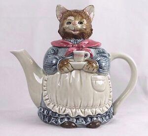 Vintage-Otagiri-Japan-Tea-Pot-Hand-Painted-Porcelain-Mother-Cat-Teapot