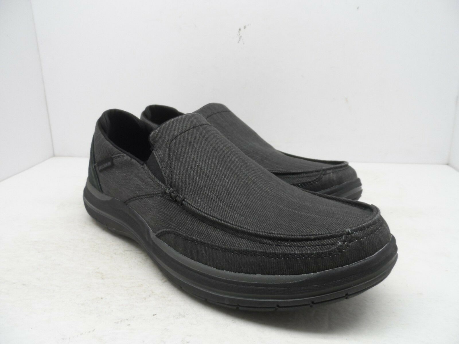 Skechers Men's Classic Fit Elson-AMster Slip On Casual shoes Black Size 12M