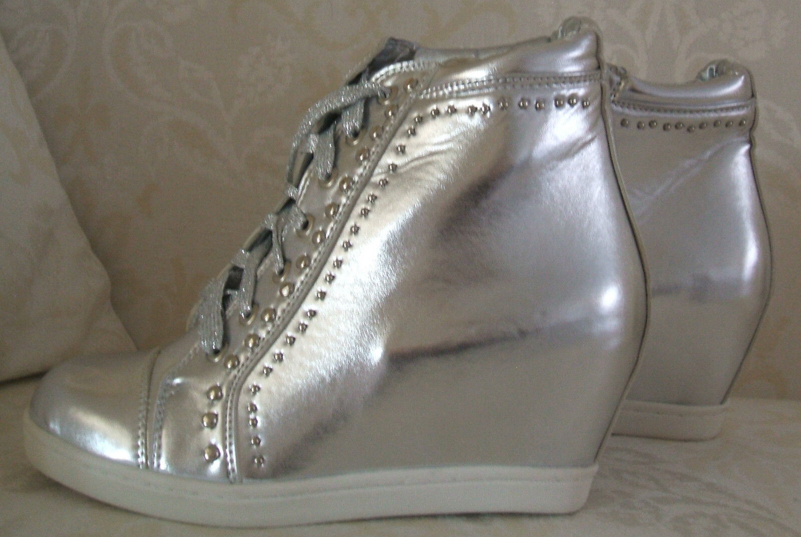BNWB SIZE 3 4 SILVER WHITE FAUX LEATHER CONCEALED WEDGE HI TOP TRAINERS BOOTS