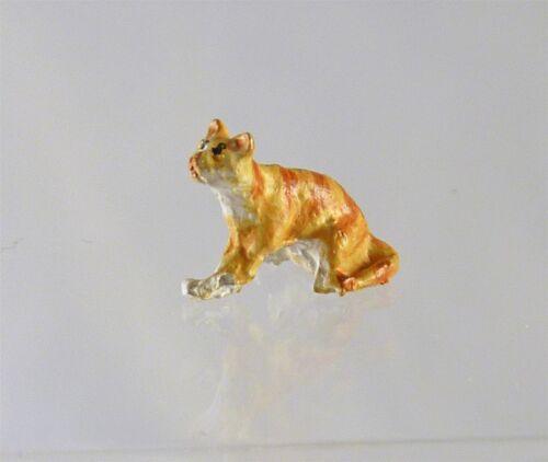 Dollhouse Miniature Quarter Scale 1:48 Cat Sitting, A4697OR