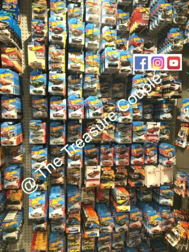 GRAB BAG Lot of 6 MUSCLE CARS Hot Wheels For the NEW and OLD collectors