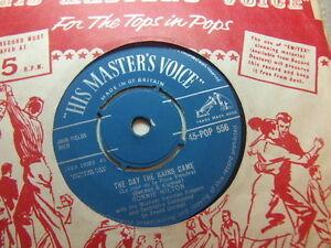 Ronnie-Hilton-The-Day-The-Rains-Came-1958-7-HMV-POP-556