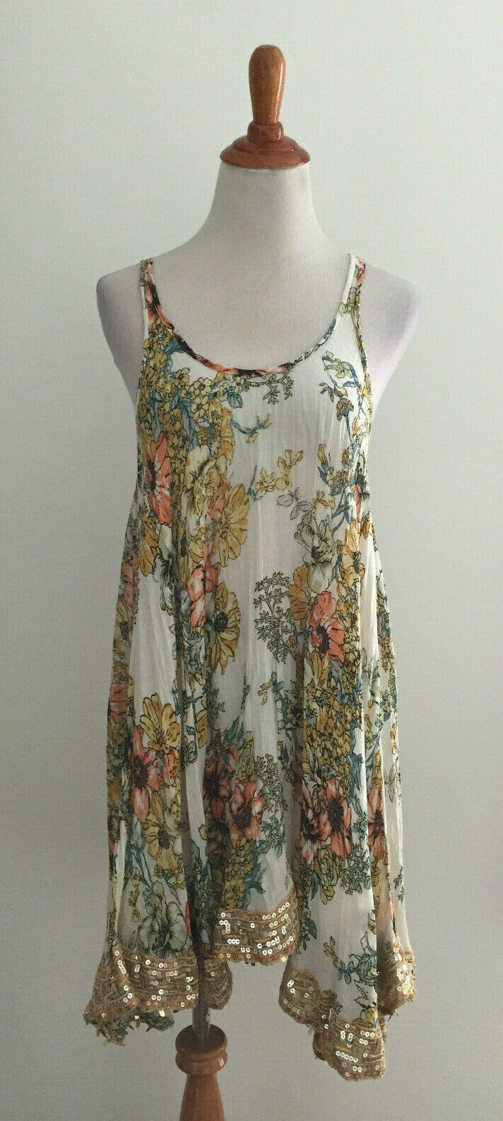 Free People ONE Floral Print Sequin Accent Boho Dress sz XS