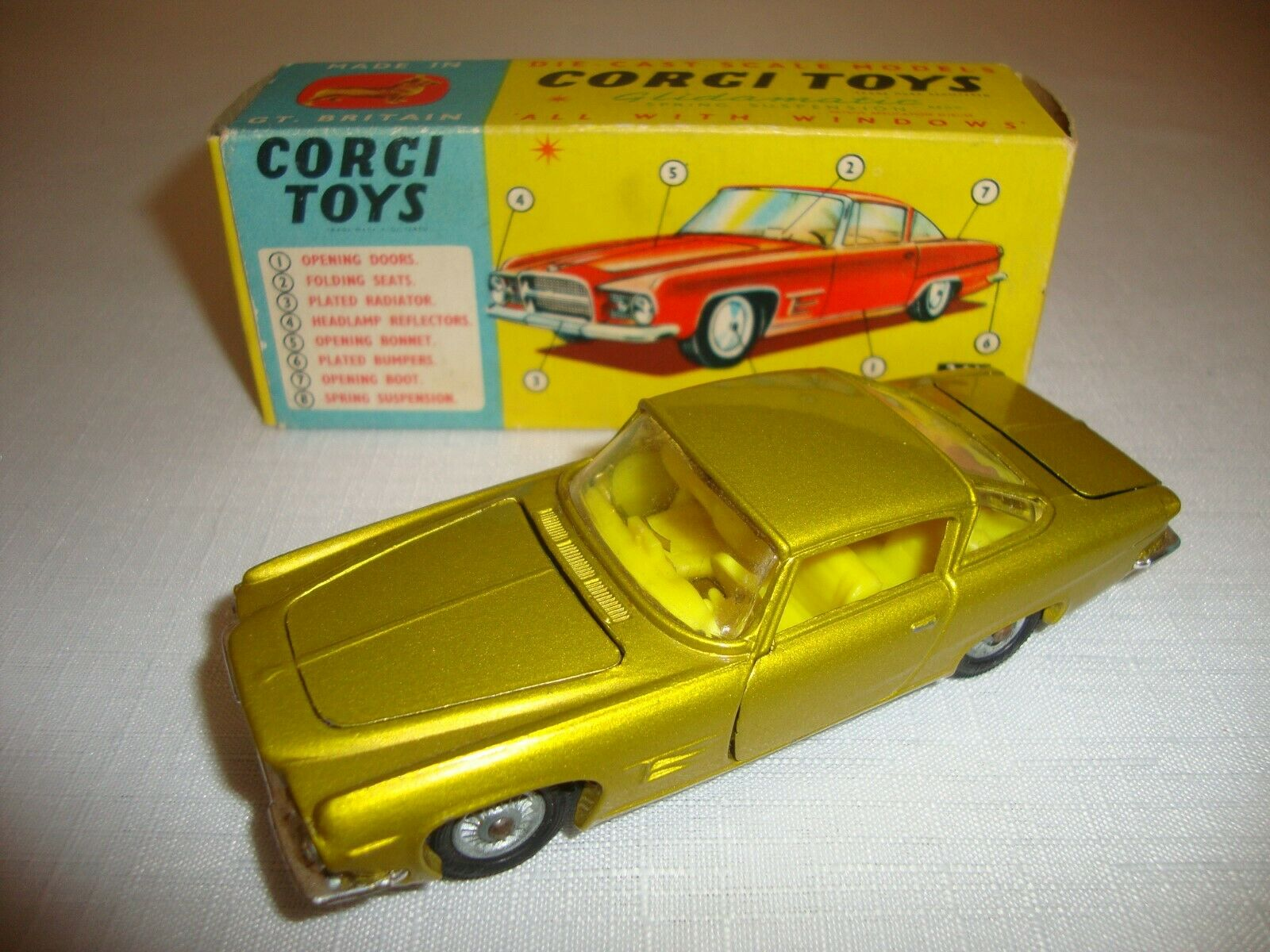 CORGI 241 GHIA L.6.4 EXCELLENT i original BOX