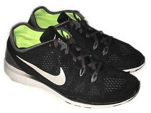 Detalles acerca de Nueva camiseta para mujer Zapatillas Nike Talla 9 de temporada Entrenamiento Calzado Tenis Workout RUNNING mostrar título original