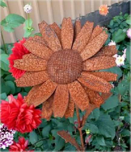 Iron Cut Metal Daisy Flower Plant Stake Garden Yard Outdoor Lawn Landscape Decor