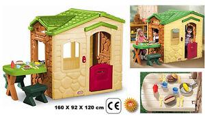 Casetta giardino bimbi con tavolo cucina forno caminetto for Casetta giardino bimbi usata