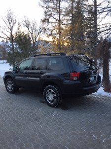 "2008 Mitsubishi Endeavor SUV  ""One Owner, Plus snow tires"""