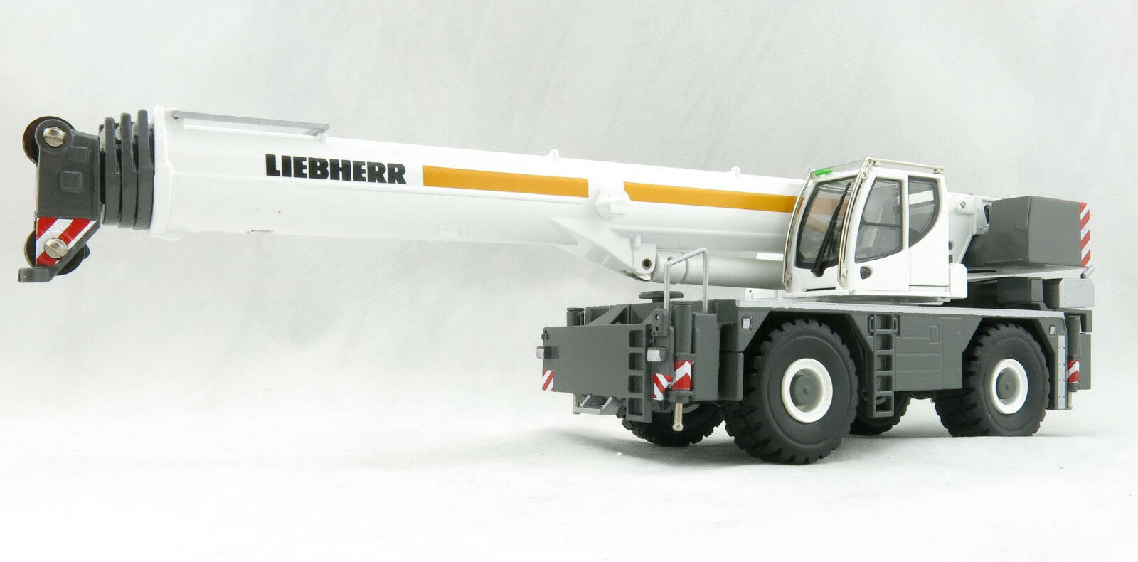 Conrad 2118 0 Liebherr LRT 1100 2.1 Rough Terrain Mobile Telescopic Crane 1 50