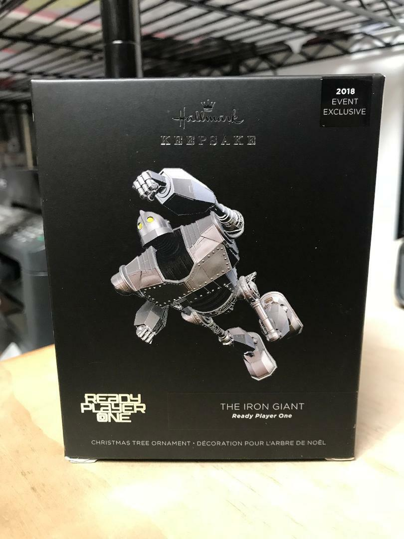 HALLMARK IRON GIANT READY PLAYER ONE ORNAMENTS 2018 COMIC CON EXCLUSIVE