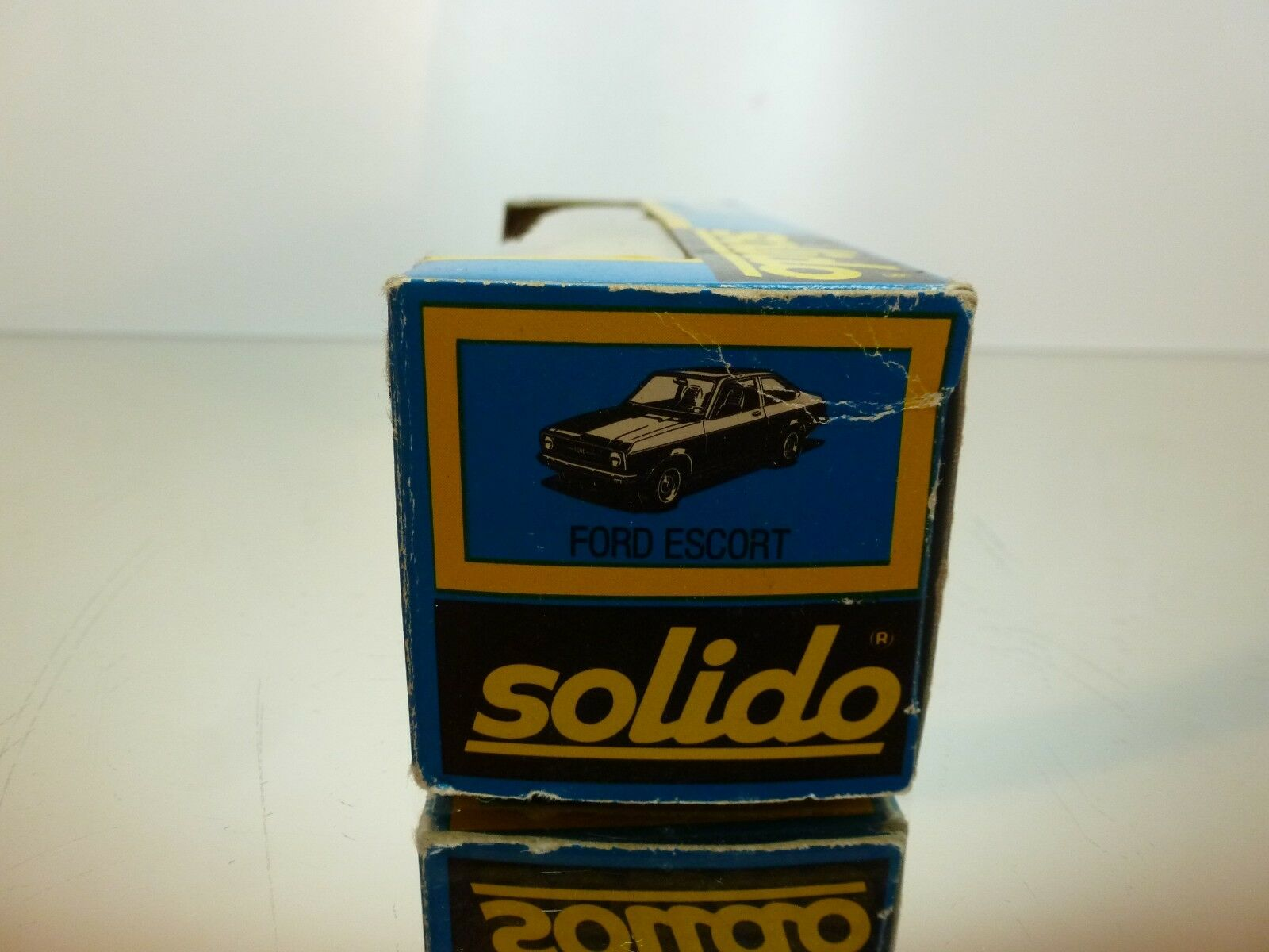 SOLIDO 45 FORD ESCORT  - YELLOW 1 43 43 43 - VERY GOOD CONDITION IN BOX 5f40cb