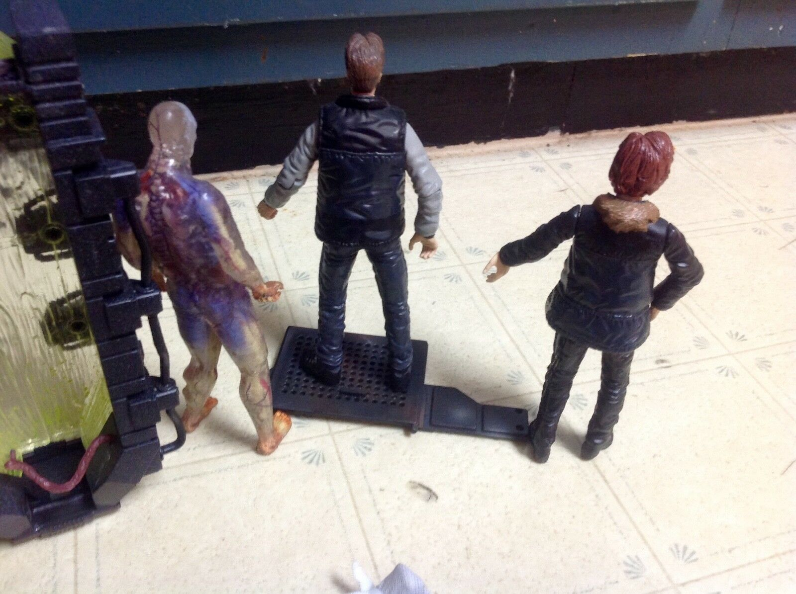 X-Files Agent Mulder Scully Series Series Series 1 Alien Corpse McFarlane Figure SET RARE 7a4439