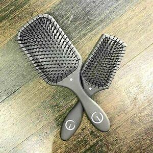 Detangling-Paddle-Hair-Brush-Heat-Resistant-Wet-or-Dry-Hair-Taming-Tool