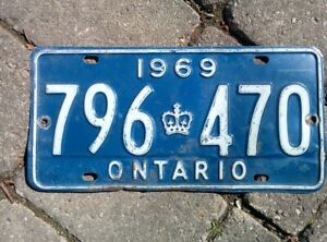 Vintage 1969 Ontario ON Canada Vehicle License Plate Blue White~ POOR 796 470