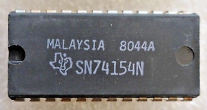 SN74154N-Original-TI-4-Line-to-16-Line-Decoder-Multiplexer-24-Pin