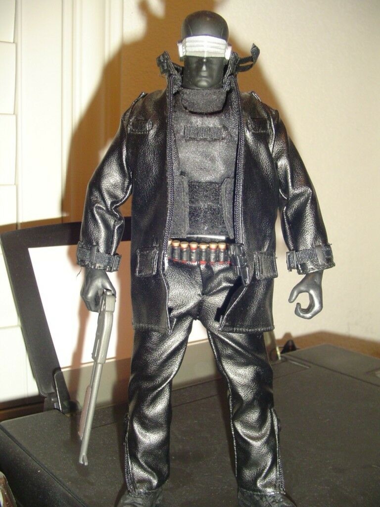 EXCLUSIVE G.I. Joe Cobra - SNAKE EYES 12  Inch